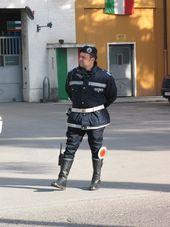 polizia agente
