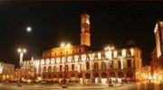 Veduta notturna Piazza Saffi