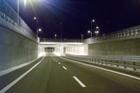 Vista da Nord di notte  del sottopasso Viale Roma